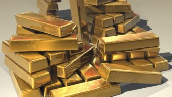 Gold or Silver? How to Choose the Right Bullion To Invest In