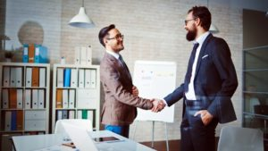 handshake-partner-team-work