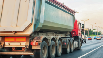 Risks You should Consider While Transporting Goods on Land in India
