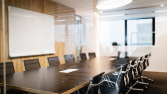 Business Meetings – Finding the Right Balance