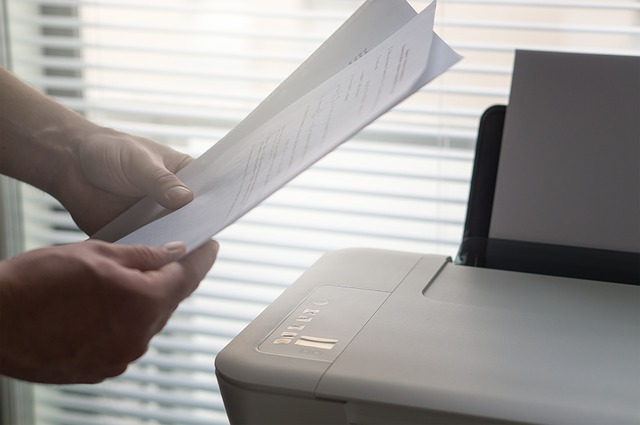 Advantages and Disadvantages of Fax Technology Today
