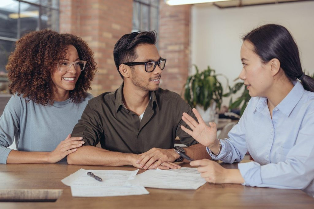 3 Reasons You Need A Finance Broker & How To Choose One