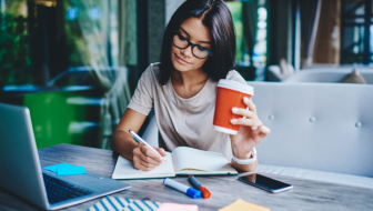 Do Entrepreneurs Need to Get a Degree? 7 Reasons Why